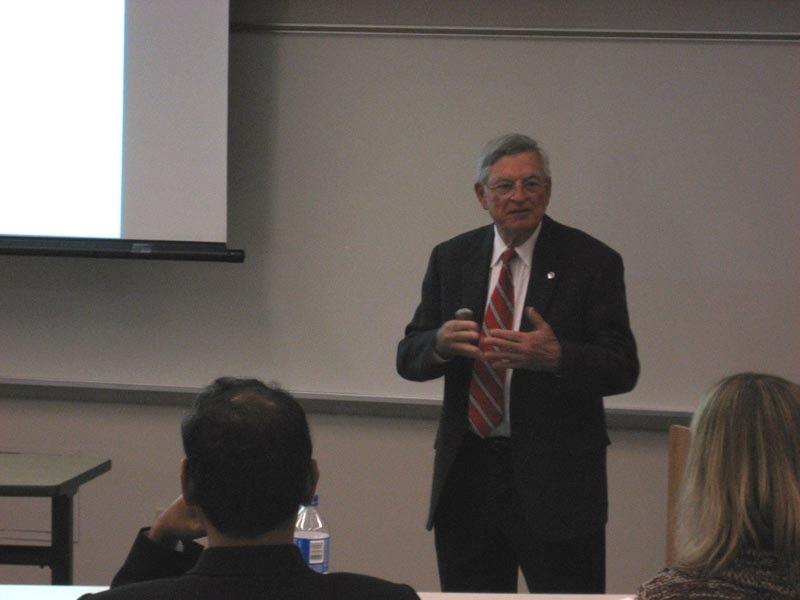 Prof.Mitchell02
